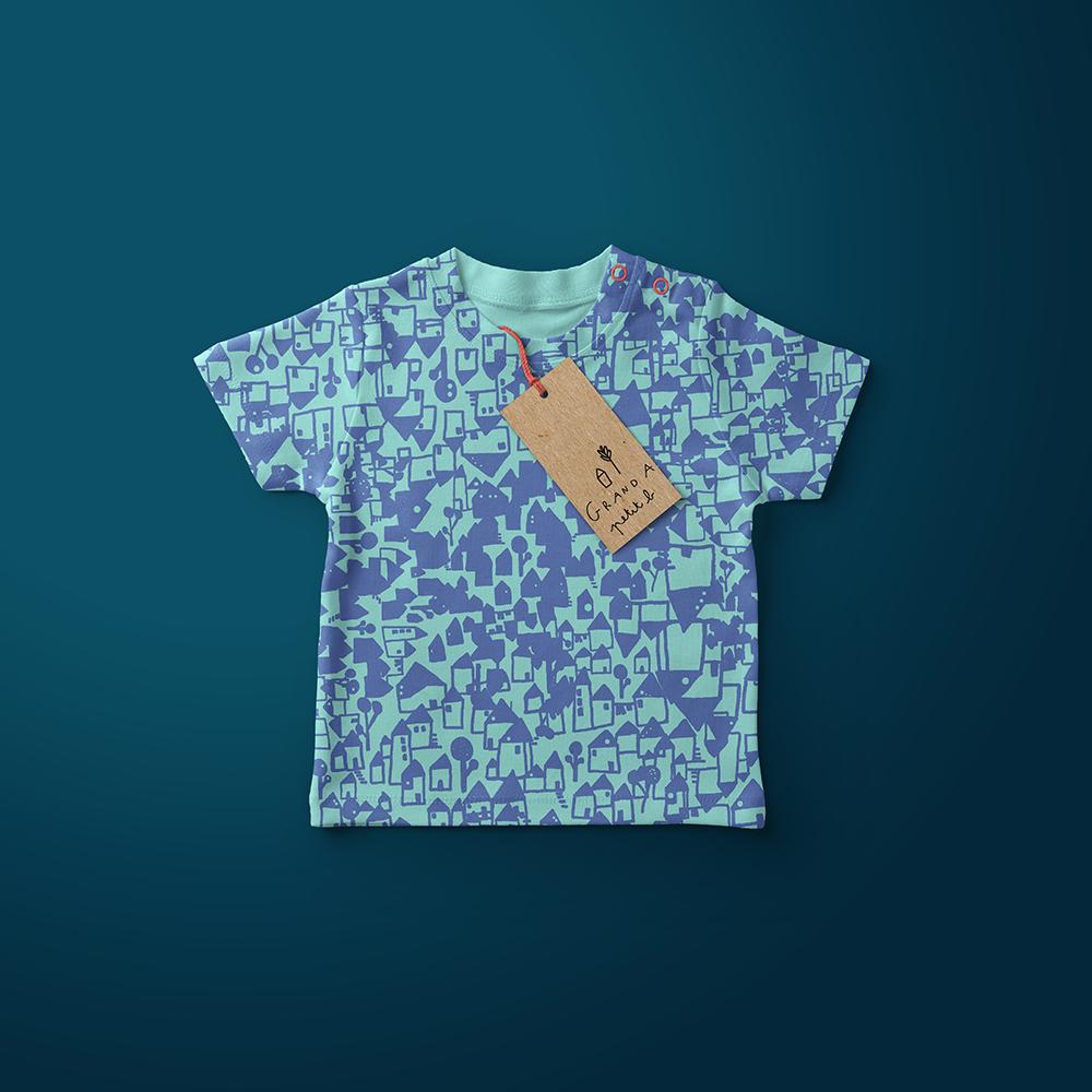 Grand A petit b - T-shirt-mockup